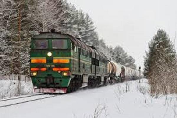 Для жителів Рівненщини під час зимових свят курсуватимуть додаткові потяги