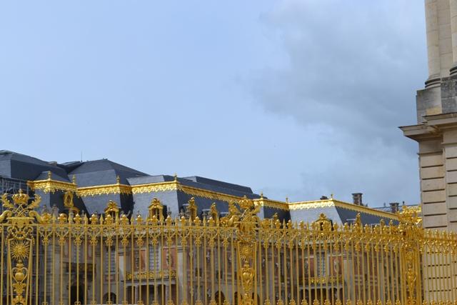 Версаль перед грозою. Туристичними стежками Франції ходила рівнянка Олена Медведєва