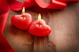 День закоханих чи свято торговців квітами: як сприймають 14 лютого офісні працівники