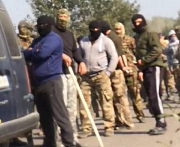"""На Рівненщині, в урочищі """"Азалія"""" поблизу Клесова бурштинщики погромили поліцейських"""
