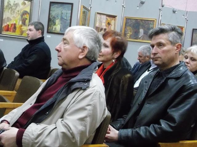Про пам'ятки Рівненщини, їх охорону та збереження вели мову краєзнавці, журналісти і громадські активісти