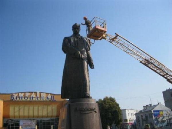 У Рівному вмили Шевченка
